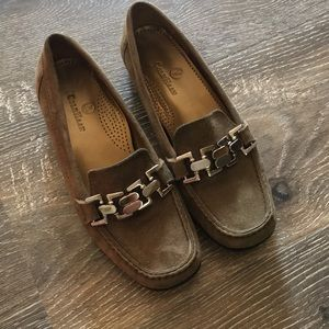 Olive geeen Cole Haan shoes/ Loafers/clogs/ flats